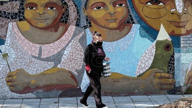 """""""La irrupción de la pandemia encontró a los municipios del conurbano bonaerense en una situación socioeconómica de suma gravedad y con un alto nivel de precariedad urbana y habitacional"""","""