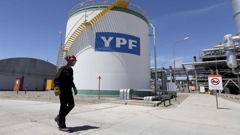 Resultado de imagen para Los bonistas duros aceptaron la nueva propuesta de YPF se encamina a cerrar con éxito el canje