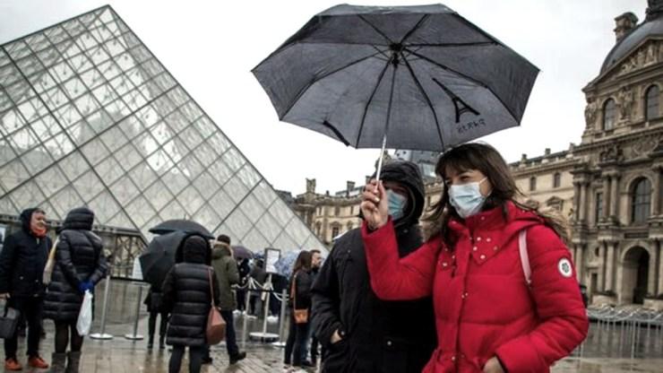 En Francia está previsto este domingo  el fin del toque de queda que comenzó hace ocho meses.