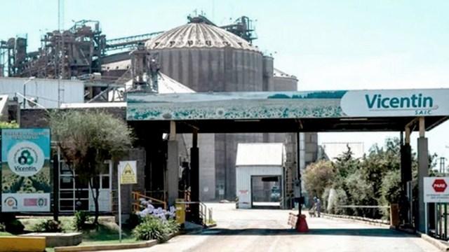 El Banco Central de la República Argentina (BCRA) suspendió hoy la operación en el mercado de cambios y la realización de pagos al exterior de la agroexportadora Vicentin