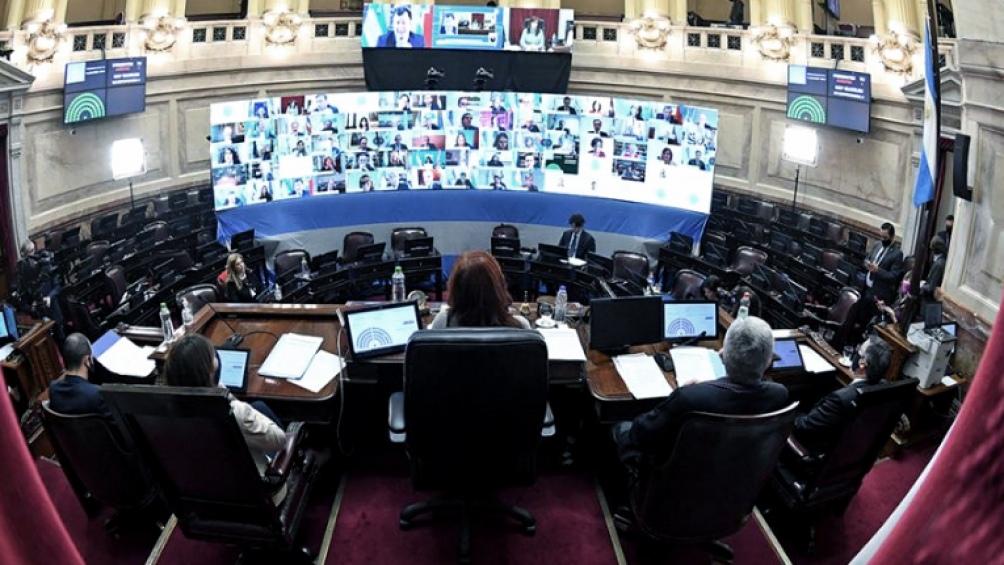 Ayer la vicepresidenta Cristina Fernández extendió las sesiones remotas.
