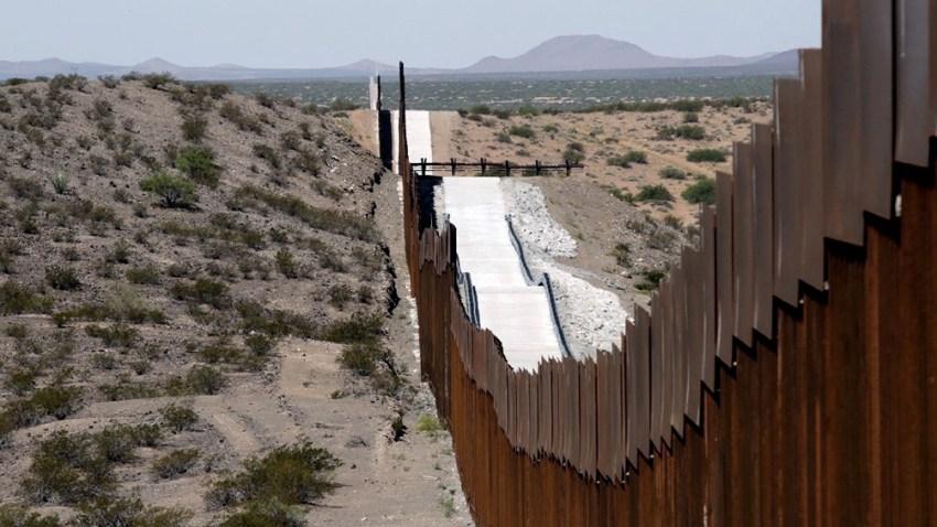 Sumando niños y adultos, la Patrulla Fronteriza detuvo en marzo a 168.195 migrantes en la frontera con México, la mayor cifra desde marzo de 2001.