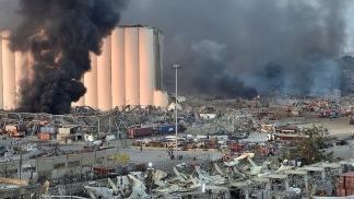 El incendio y posterior explosión profundizó la crisis política que vive el país desde hace 10 meses.