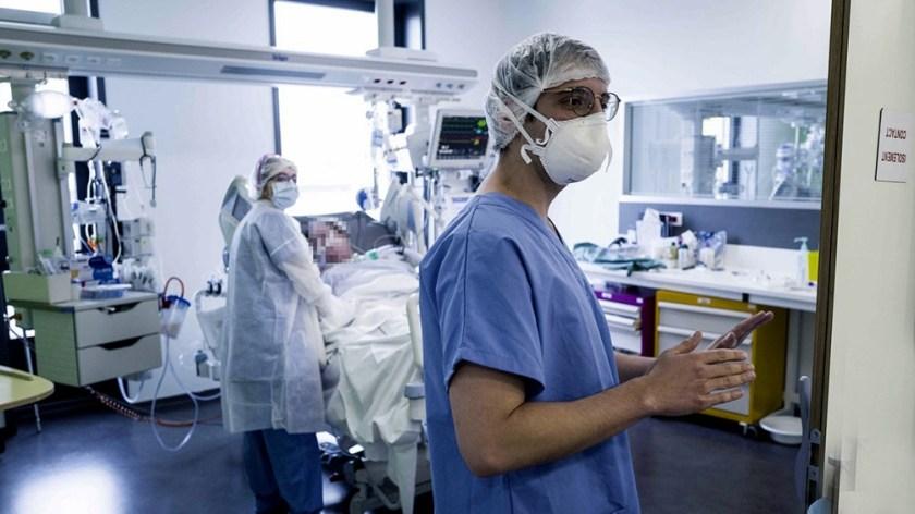 La cartera sanitaria indicó que son 3.387 los internados en unidades de terapia intensiva