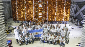 En el proyecto Saocom participaron unos 900 científicos y científicas y más de 80 empresas.