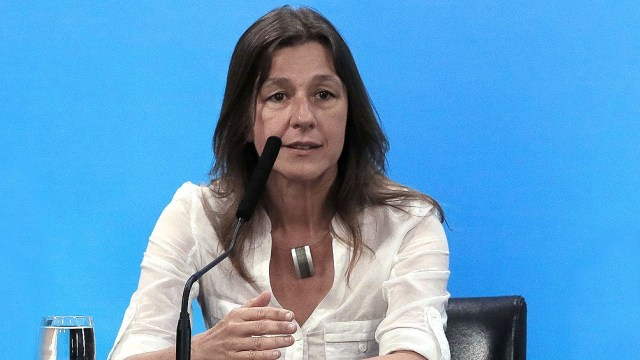 """La ministra de Seguridad de la Nación, Sabina Frederic, aseguró hoy existe """"un fuerte respaldo"""" de la sociedad a las medidas dictadas por el presidente"""