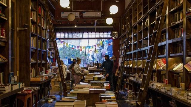 En los últimos años aparecieron una serie de libros en los que autores como Eva Illouz, Alexandra Kohan, Tamara Tenembaum o Luciano Lutereau interpelan los vínculos amorosos.