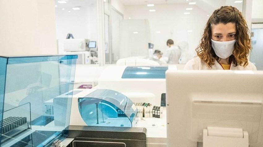El sector salud prevé un aumento del empleo a futuro.