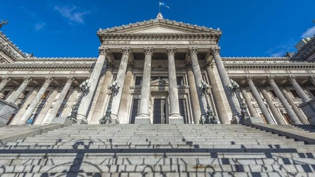 La Cámara de Diputados renovará 127 de sus 257 bancas y el Senado 24 de los 72 escaños que posee.