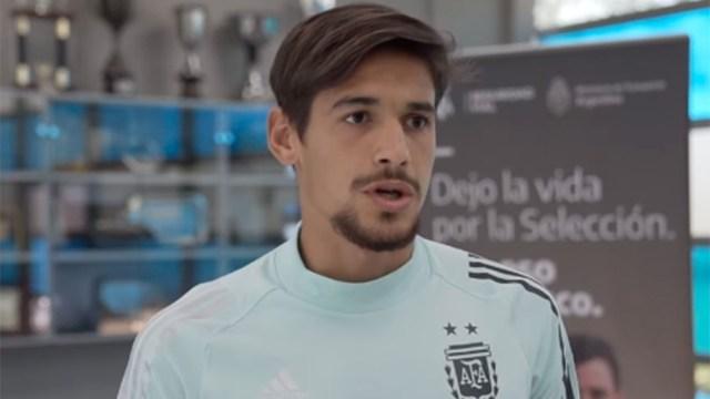 Scaloni espera a que llegue Martínez Quarta.