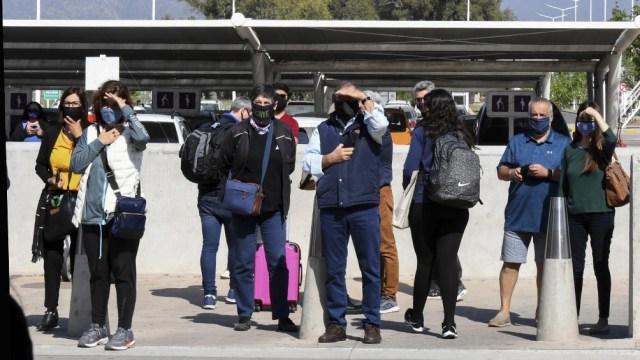 El reencuentro de familias que esperaban en Mendoza fue emotivo.