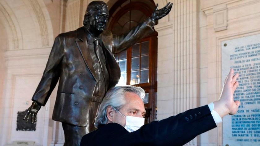 """El jefe de Estado destacó que Kirchner fue """"capaz de devolverle a una generación de argentinos la idea de que la política tenía sentido y era el camino"""