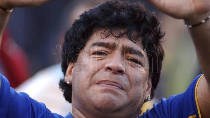 En 1993 retornó al fútbol argentino para una breve etapa por Newell