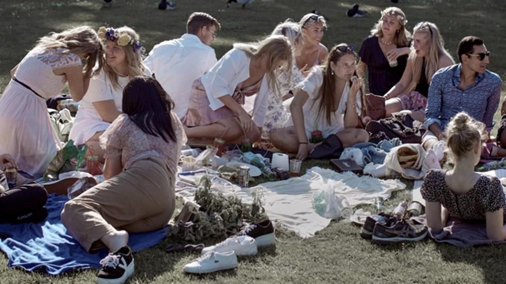 Evitar la concentraciones de personas aunque sea al aire  libre.