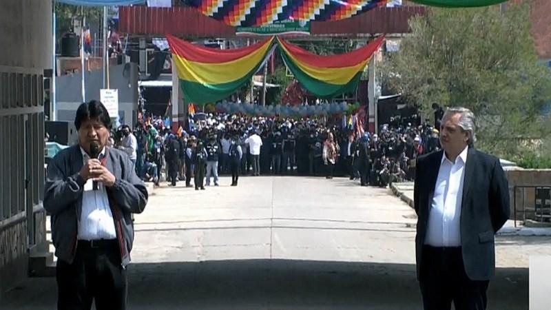 Desde La Quiaca: el Presidente despidió a Evo Morales, quien regresa a  Bolivia - Télam - Agencia Nacional de Noticias