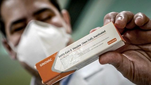 El 47% de la población uruguaya ya recibió la primera dosis de las vacunas y 28% la segunda