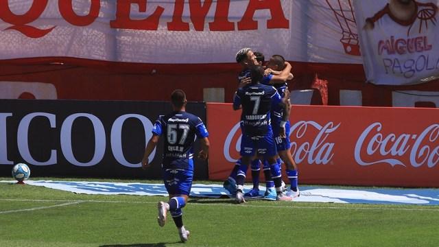 El paraguayo Víctor Ayala abrió el marcador a los 5 minutos del primer tiempo y puso el 1 a 0 para Gimnasia.