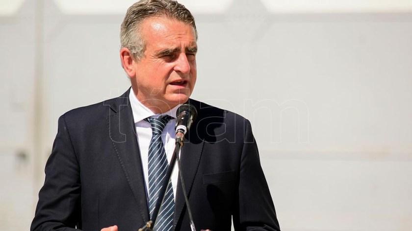 El ministro Rossi aseguró que las FF.AA se encargarán de la logística para la vacunación contra el Covid-19