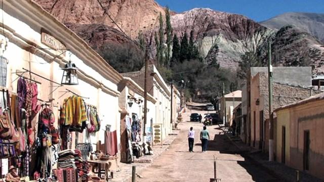 La Quebrada de Humahuaca -en la foto, Purmamarca- registra un 90% de ocupación hotelera.