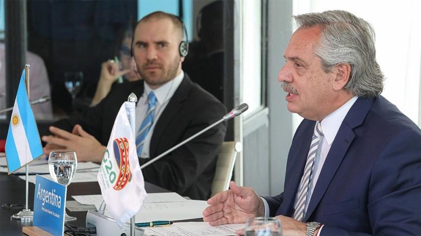 Fernández estuvo acompañado por el ministro de Economía, Martín Guzmán y el director ante el Fondo Monetario Internacional (FMI) por la Argentina y el Cono Sur, Sergio Chodos.