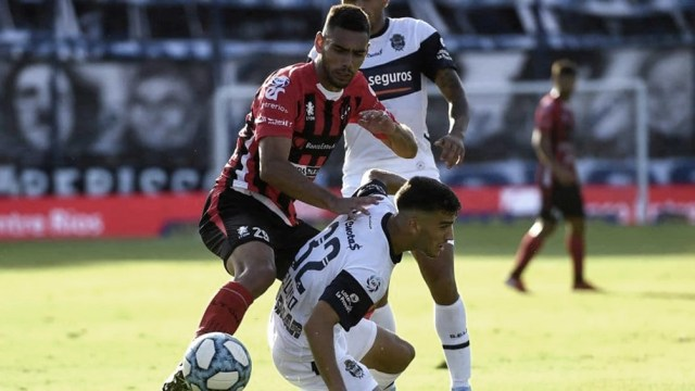 Gimnasia sufrió una derrota la semana pasada ante Huracán (3-2) que lo dejó sin invicto en el torneo doméstico.