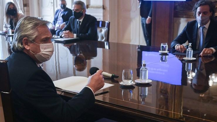 El presidente Alberto Fernández encabezó la primera reunión oficial del Comité de Vacunación.