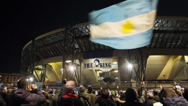 El encuentro se jugaría en la ciudad de Nápoles, donde Maradona es idolatrado por siempre.