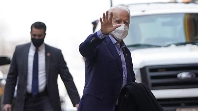 El presidente Biden se congratuló porque se administraron ya 200 millones de dosis