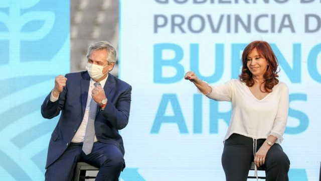 Alberto Fernández y Cristina Fernández de Kirchner en La Plata