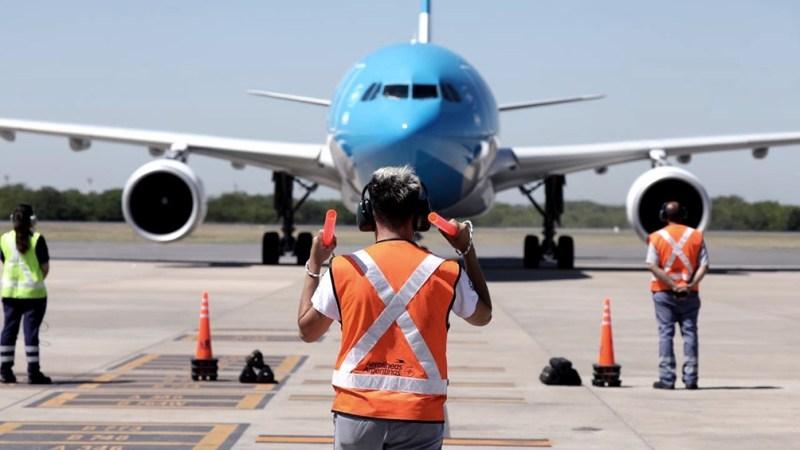 La participación del mercado de Aerolíneas Argentinas en cabotaje entre 2015 y 2018 bajó de un 73 % a un 64 % y en el mercado internacional, de un 26% a un 22%.