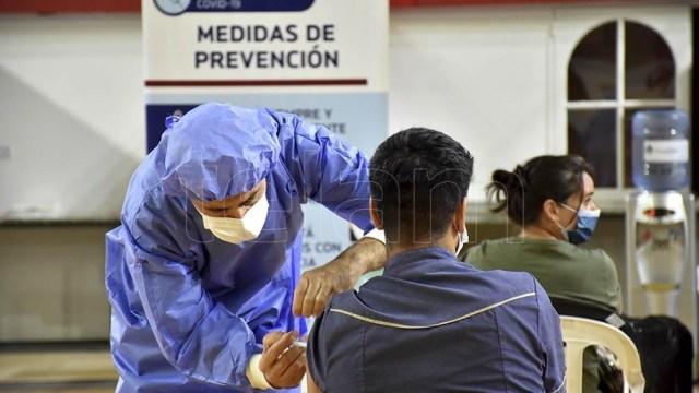 Argentina es parte del reducido grupo de países que empezó a vacunar contra el coronavirus