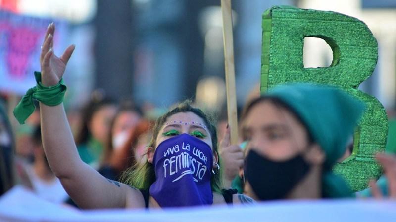 """Ibarra: """"las mujeres necesitamos, no sólo organizarnos, sino saber trabajar independientemente de las fuerzas políticas de las que participamos""""."""