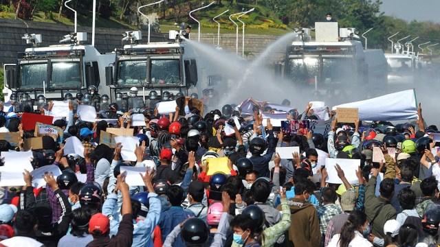 El último domingo protestaron decenas de miles de personas
