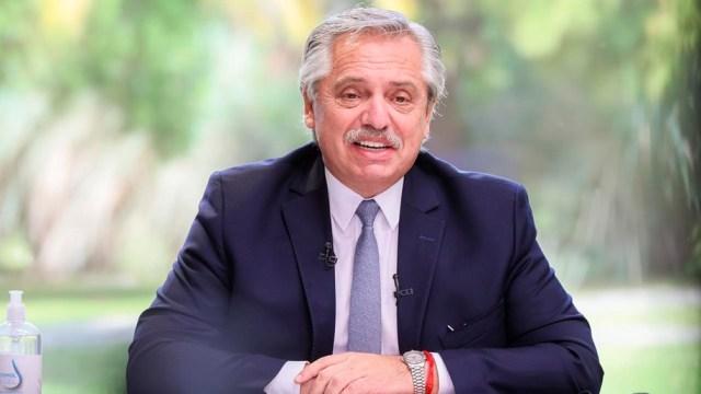 """Alberto Fernández consideró que """"es muy difícil hacer una mejor democracia y una República más sólida con jueces que acuden en socorro de sus mandantes políticos o corporativos""""."""
