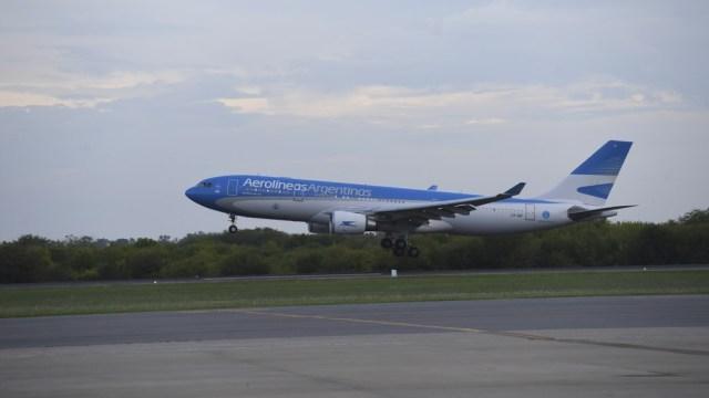 El vuelo AR1050 decoló a las 13 desde Ezeiza.
