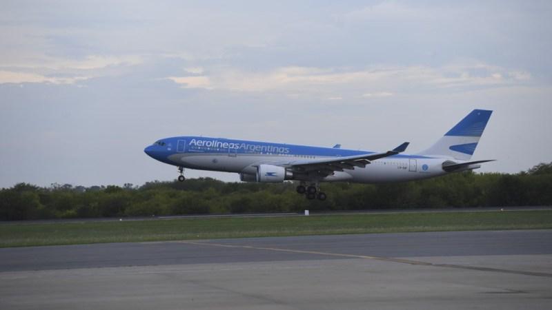 El vuelo tiene previsto su regreso para el jueves alrededor de las 19:00.