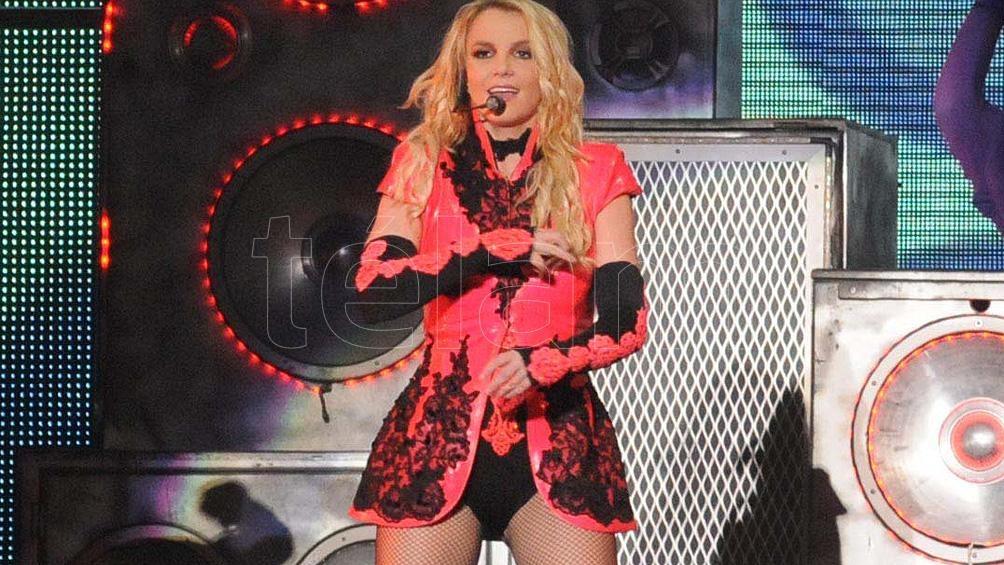 Spears, un paso adelante en la compleja situación de su tutela