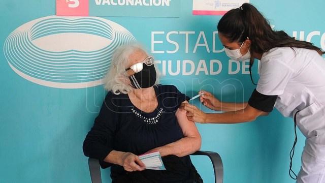 Kicillof: En Buenos Aires ya se aplicaron 4.163.858 vacunas y llevamos 5.398.745 dosis distribuidas
