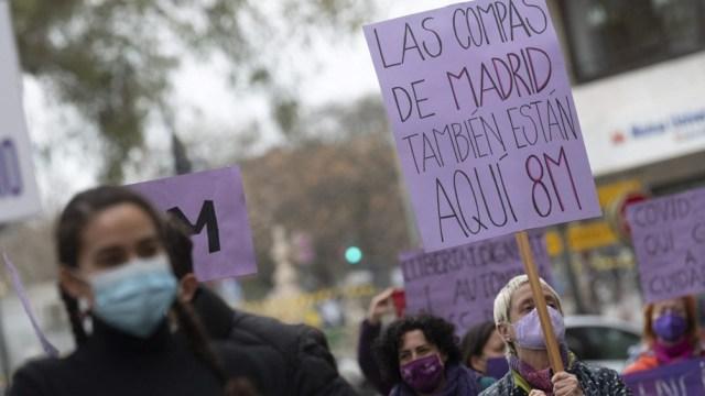 El movimiento de mujeres en el Estado español reclama medidas efectivas para poner fin a la violencia de género.