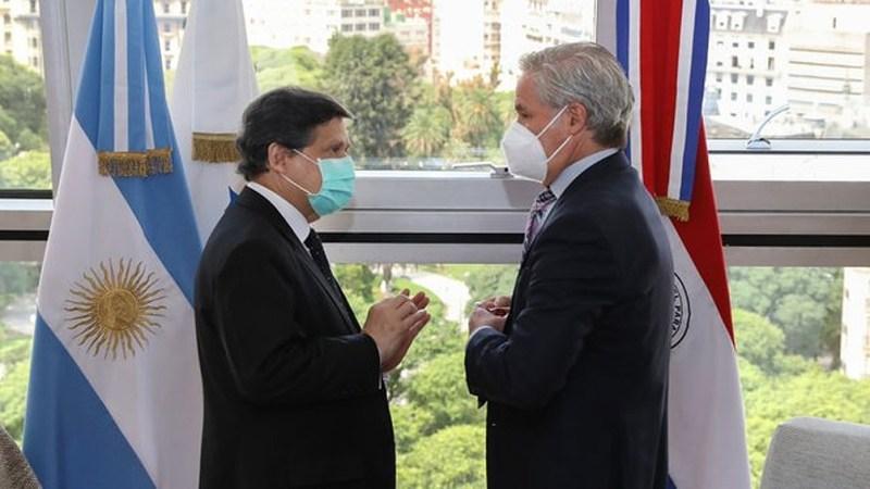 Felipe Solá analizó la situación sanitaria junto al canciller paraguayo -  Télam - Agencia Nacional de Noticias