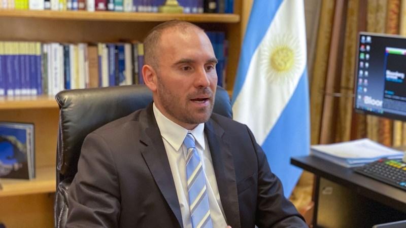 El ministro Guzmán viajará el 12 de abril