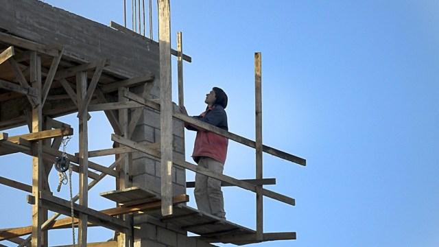 Esta línea posibilita el acceso al crédito para la construcción de viviendas nuevas de hasta 60 metros cuadrados.