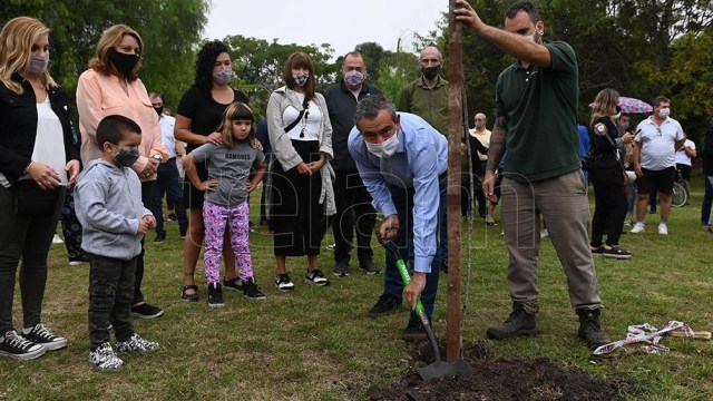 Rosario fue escenario de la plantación de árboles