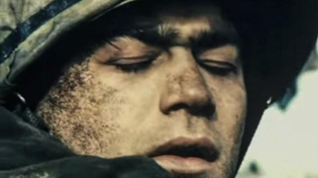 """Gastón Pauls en """"Iluminados por el fuego"""", la película más lograda sobre la guerra."""