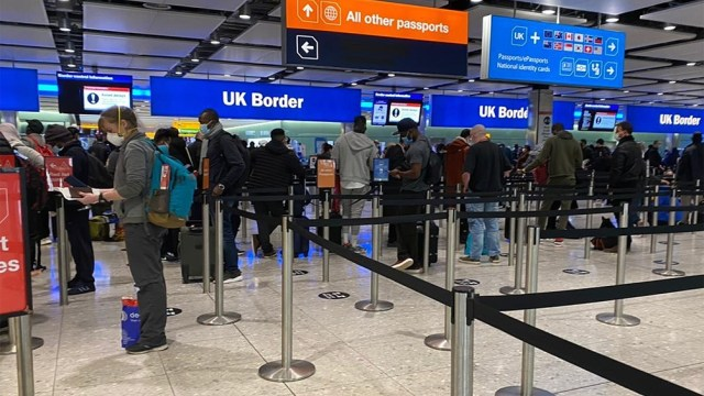 Los británicos podrán viajar a doce destinos de una lista determinada.