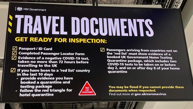 Normativas para los viajeros que llegan al Reino Unido.