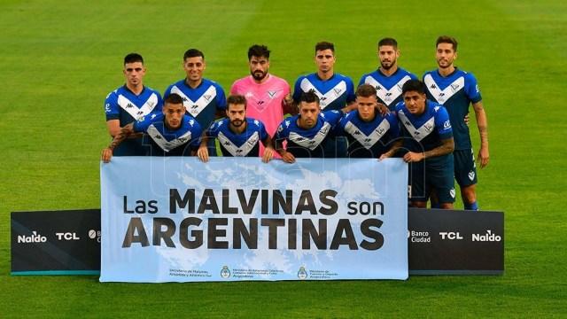 Vélez y Huracán jugarán el viernes y no el sábado como se había estipulado desde la LPF (Foto Archivo)
