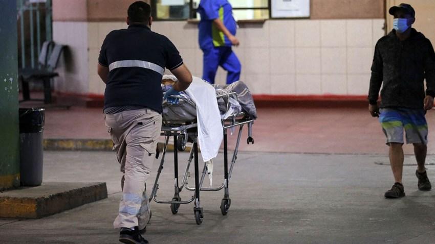 En chile, las muertes con Covid ya representan más de la mitad de los fallecimientos por la misma causa en 2020