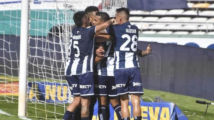 """La victoria de la """"T"""" mete al equipo de Alexander Medina entre el lote de punteros de su grupo"""