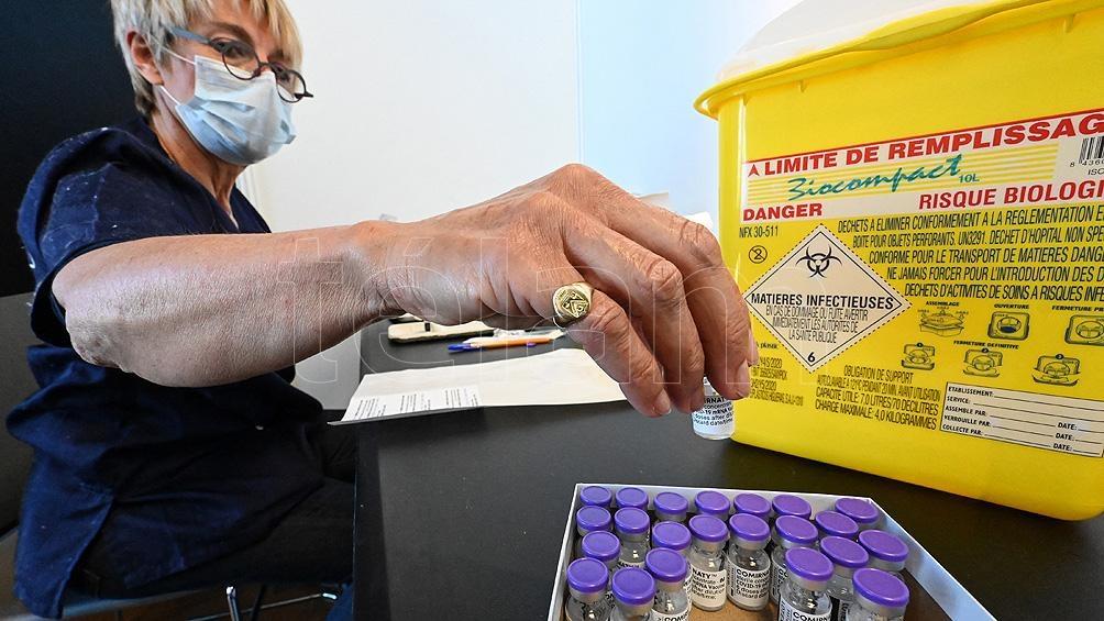 Al día de hoy, todos los laboratorios productores de vacunas contra la Covid-19 han reportado retrasos.